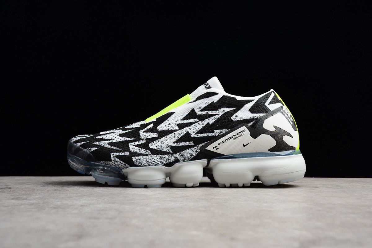 Men's ACRONYM x Nike Air VaporMax Moc 2 Light Bone/Black-Volt AQ0996-001