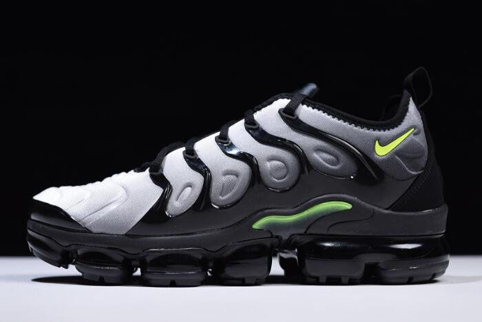 Nike Air VaporMax Plus Black/Volt-White 924453-009